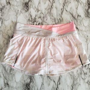 Lululemon Run: Pace Skirt Gray Coral Gingham sz. 8